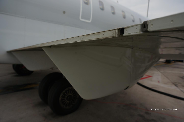 CRJ wing trailing edge