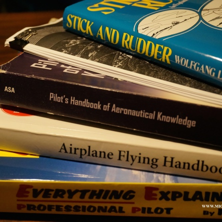 FLIGHT TRAINING BOOKS